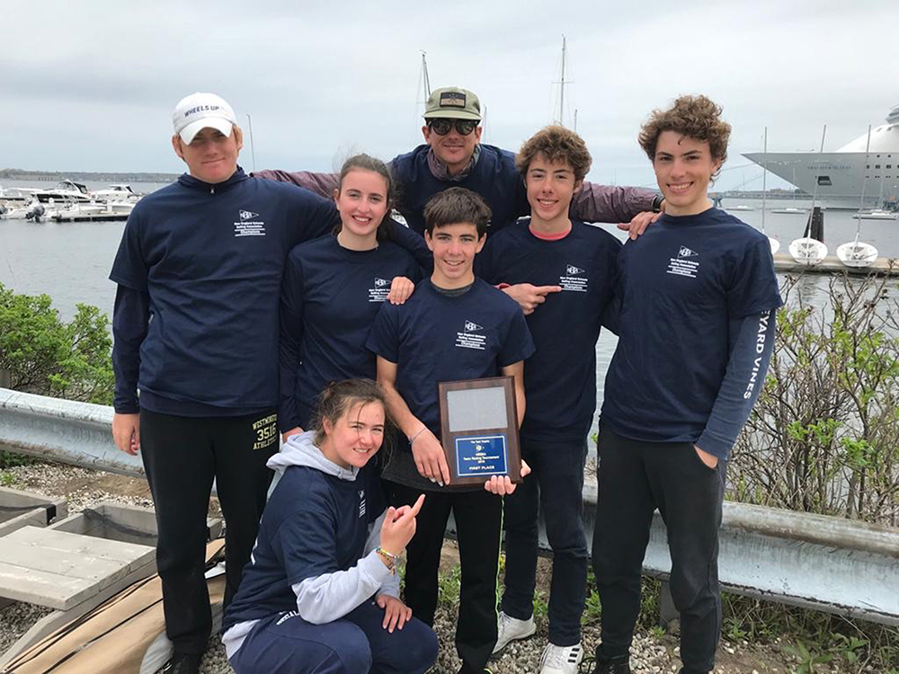 Dragon sailors take first at NESSA Team Racing, qualify for Nationals